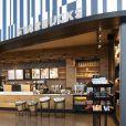 O Universal's Aventura Hotel tem um Starbucks dentro do lobby da recepção!