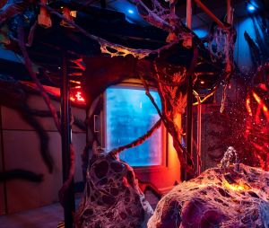"""No Halloween Horror Nights 2018, os fãs de """"Stranger Things"""" conseguirão entrar no Mundo Invertido"""