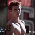 """Em """"Riverdale"""", Archie (KJ Apa) vai sair da cadeia e parece que virará um novo integrante dos Serpentes!"""
