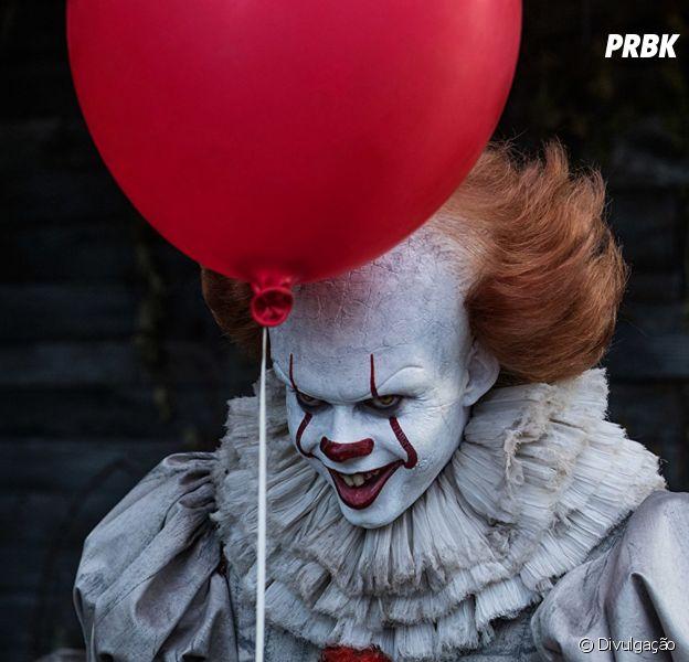 """Filme """"It - A Coisa"""": novas imagens dos bastidores mostram o Palhaço Macabro"""