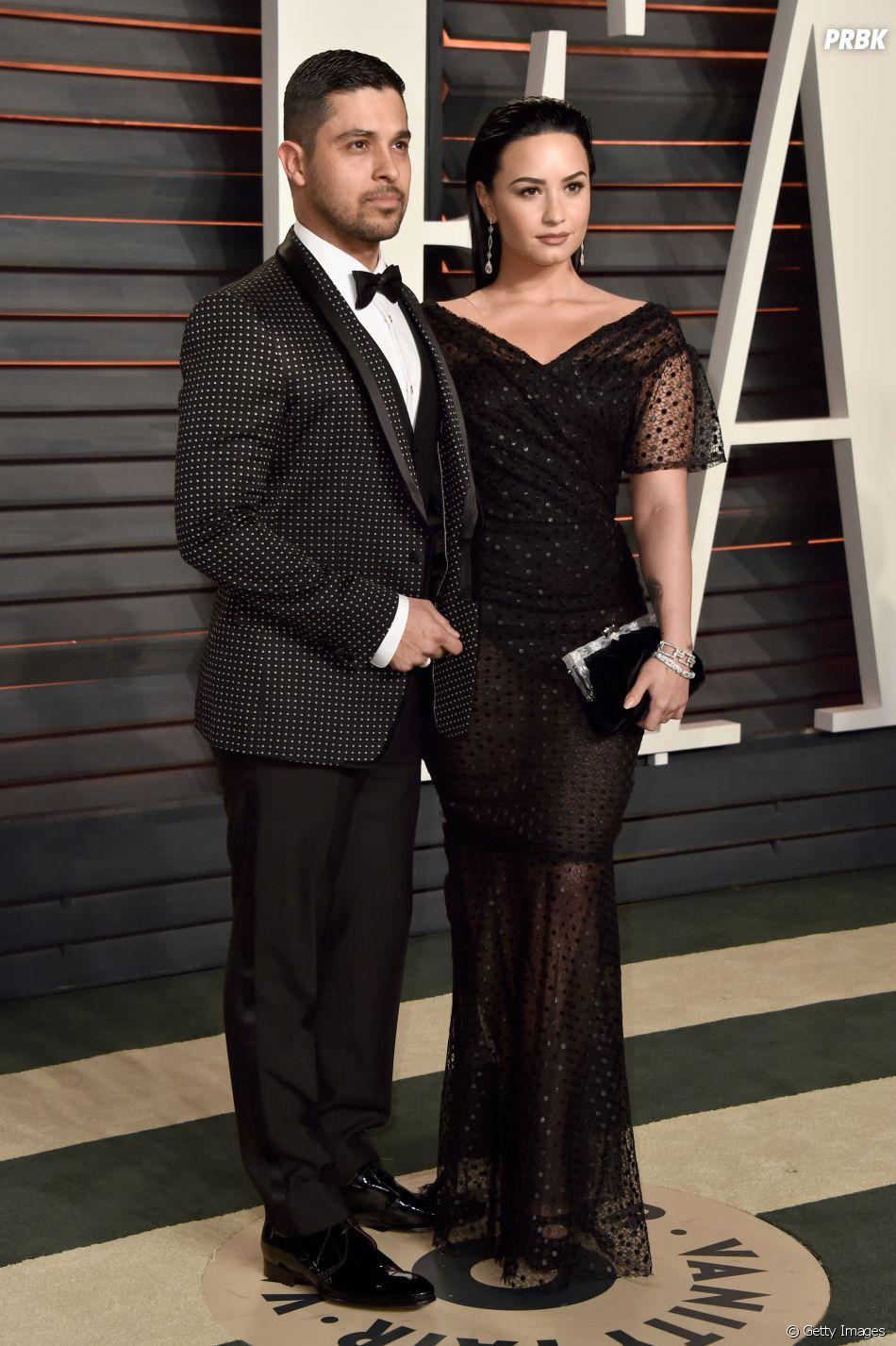 Fontes confirmam que Demi Lovato tem recebido visitas do ex-namorado Wilmer Valderrama na rehab