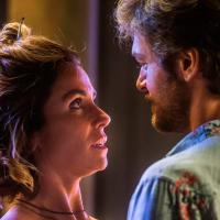 """Luzia e Beto finalmente descobrem que o filho deles é Valentim em """"Segundo Sol"""""""