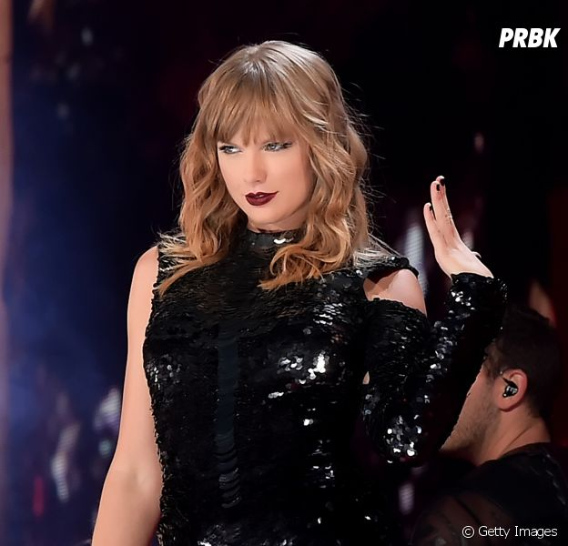 "Taylor Swift fará performance de ""I Did Something Bad"" no American Music Awards 2018"