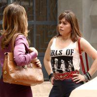 """Na novela """"Boogie Oogie"""": Susana conta a Carlota que Vitória não é sua filha"""