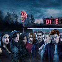 """Você não vai acreditar nas fantasias que a galera de """"Riverdale"""" usou neste Halloween"""