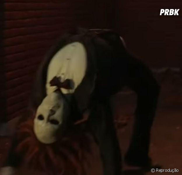 """Em """"The Flash"""", Boneco de Pano aparece em novo trailer bizarro!"""