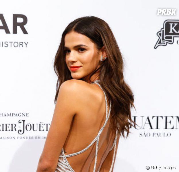 Bruna Marquezine também amou a nova música de Ariana Grande