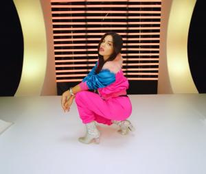 """Vem conferir o videoclipe de """"Bum Bum Dale Dale"""", parceria de Maite Perroni e Reykon"""
