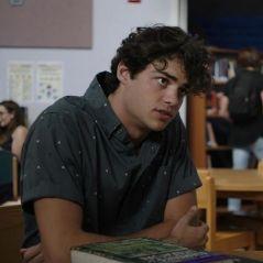 """Noah Centineo está correndo risco de vida no trailer da série """"T@gged"""". Veja!"""