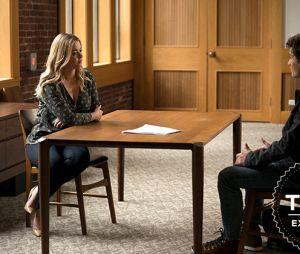 "Em ""Pretty Little Liars: The Perfectionists"": Alison (Sasha Pieterse) dá aula na universidade de Beacon Heights"