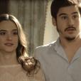 """Em """"O Tempo Não Para"""": Marocas (Juliana Paiva) fica trancada e Samuca (Nicolas Prattes) é arrastado pra fora pela Marinha"""