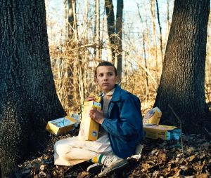 "De ""Stranger Things"": Eleven (Millie Bobby Brown) aparece com novo visual em propaganda"