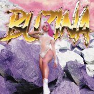 """Pabllo Vittar enfrenta inimigos com muita coreografia no espaço no clipe de """"Buzina""""!"""