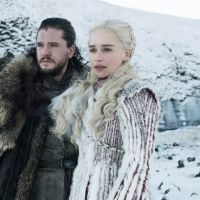 "Daenerys, Jon Snow, Arya, Sansa e mais personagens de ""Game of Thrones"" estampam capa de revista"