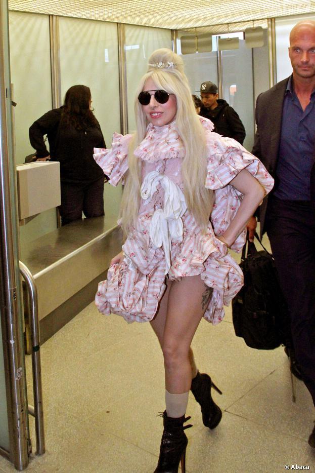 """Lady Gaga tem estado bastante ocupada com a divulgação de seu álbum """"ARTPOP"""""""