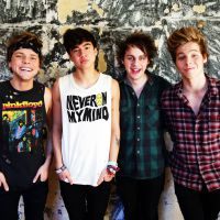 "Banda 5 Seconds Of Summer mostra prévia do hit ""Just Saying"" na web!"