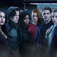 """Rolou uma referência a """"Riverdale"""" na 2ª temporada de """"O Mundo Sombrio de Sabrina"""""""