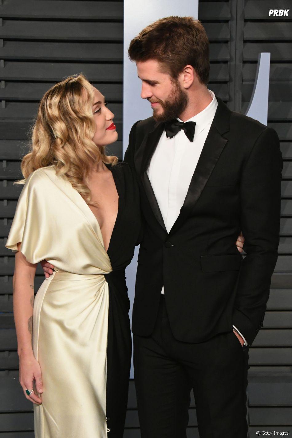 Liam Hemsworth é sempre o centro dos olhares de Miley Cyrus