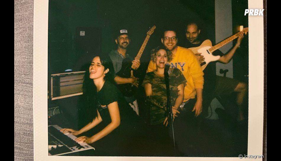 Camila Cabello está em estúdio gravando o seu novo disco