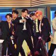 Fãs se emocionam com experiência do BTS World