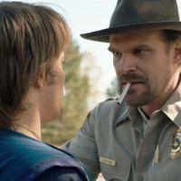 """Após críticas por """"Stranger Things"""", Netflix decide diminuir cenas com cigarro"""