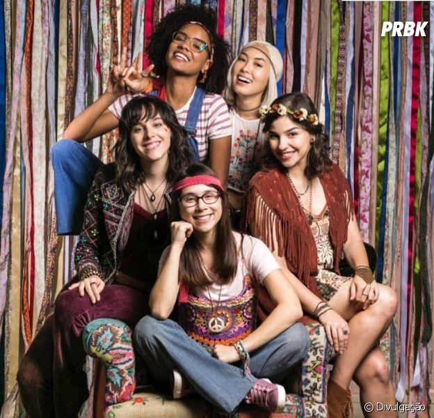 """Ana Hikari publica foto do elenco nos bastidores de """"As Five"""""""