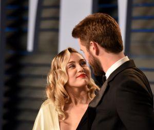 Liam Hemsworth fala que não irá falar com a imprensa sobre seu término com Miley Cyrus