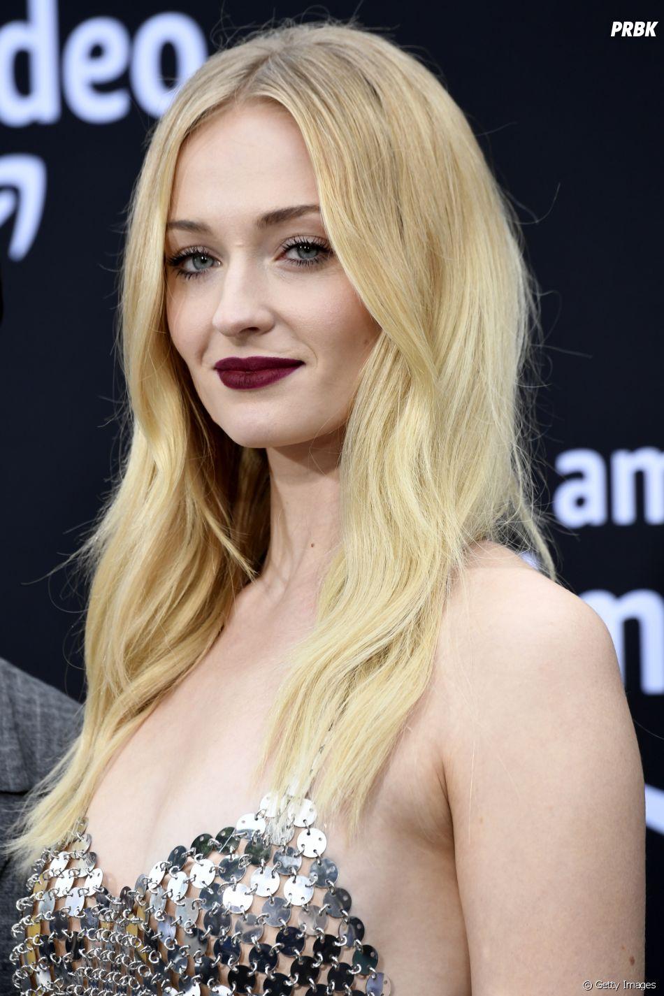 """""""Game of Thrones"""": Sophie Turner revela em entrevista o que achou do final de Sansa"""