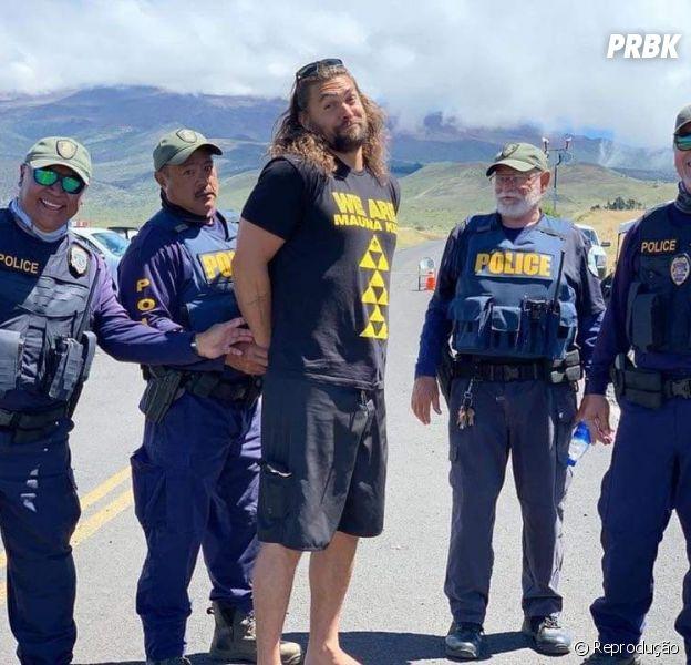"""Jason Momoa é """"preso"""" para chamar a atenção para protesto contra construção de telescópio"""