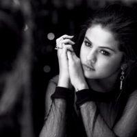"""Selena Gomez revela reação de Justin Bieber a seu novo clipe: """"Ficou com ciúmes"""""""