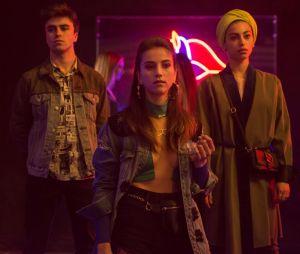 """""""Elite"""", da Netflix: Nadia (Mina El Hammani) e Guzmán (Miguel Bernardeau) estão bem juntos nas primeiras fotos da 3ª temporada da série"""