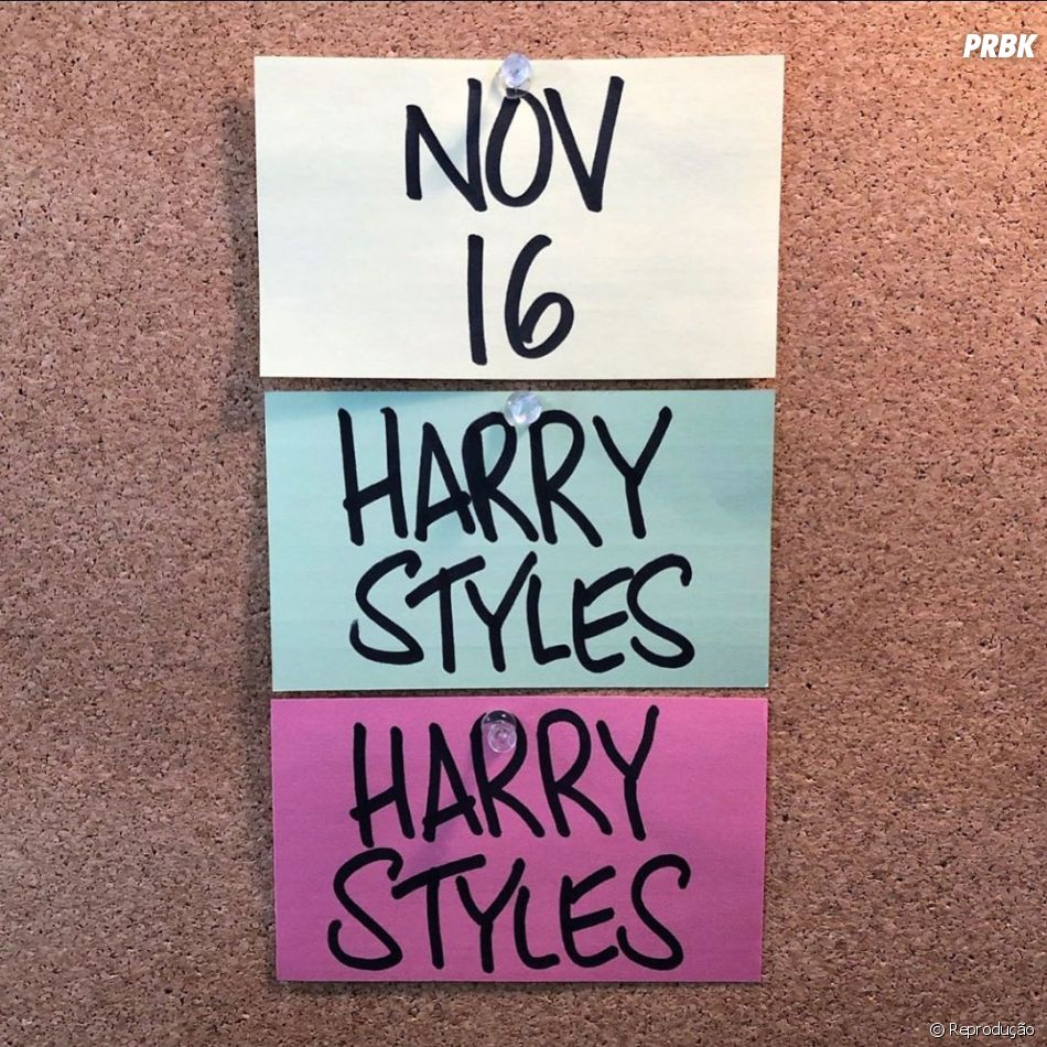 Harry Styles anunciou o lançamento de seu novo álbum para o dia 16 de novembro