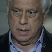 """""""Amor à Vida"""": César lamenta morte de filho misterioso e descobre que Bruno achou Paulinha no lixo!"""