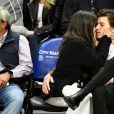 """Camila Cabello e Shawn Mendes assumiram o namoro após lançar """"Señorita"""""""