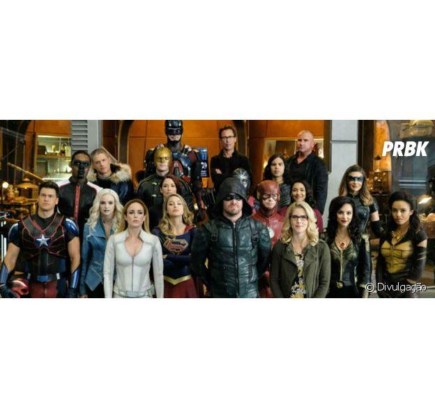"""""""Crise nas Infinitas Terras"""", com """"Arrow"""", """"The Flash"""" e mais, matou um herói importante e os fãs seguem sem acreditar"""