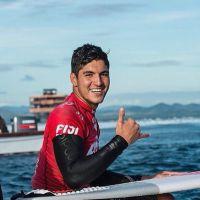 """Gabriel Medina, fera do surf, fala sobre rival Kelly Slater: """"Ele é gente fina"""""""