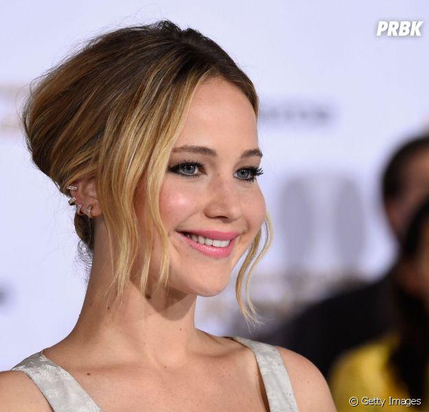 """Jennifer Lawrence é a protagonista de """"Jogos Vorazes: A Esperança - Parte 1"""""""