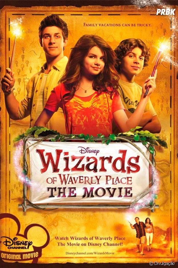 """Selena Gomez estava com tudo no Disney Channel em 2009, né? Ela também estrelou """"Os Feiticeiros de Waverly Place - O Filme"""""""