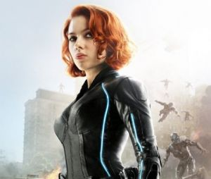 """Chris Evans anuncia reunião virtual com elenco de """"Os Vingadores"""""""