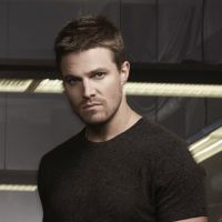 """Na 3ª temporada de """"Arrow"""": Oliver tem um filho e não faz a menor ideia!"""
