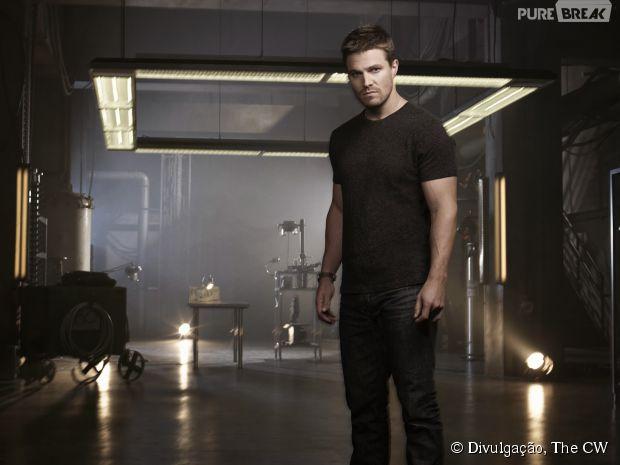 """Oliver (Stephen Amell) realmente tem um filho em """"Arrow"""""""