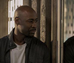 """""""Lucifer"""": Amenadiel (D.B. Woodside) vai saber ser um bom pai na 5ª temporada?"""