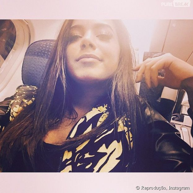 """Anitta publicou uma foto em seu Instagram: """"Próxima parada: Portugal - Lisboa... Tem gravação do dvd do Anselmo Ralph"""""""