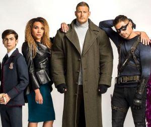 """""""The Umbrella Academy"""": elenco e showrunner retornam para 3ª temporada"""