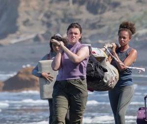 """""""The Wilds"""", nova série do Prime Video, acompanha um grupo de meninas presas em uma ilha deserta"""