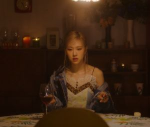 BLACKPINK: MV solo da Rosé promete momentos bem dramáticos