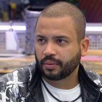 """Após sair do """"BBB21"""", Projota se emociona ao falar sobre Lucas Penteado e pede desculpas"""
