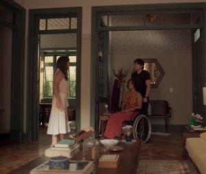 """""""Amor de Mãe"""": Camila (Jéssica Ellen) ficou paraplégica após tentativa de homicídio de Thelma (Adriana Esteves)"""