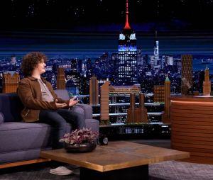 """""""Stranger Things"""": Gaten Matarazzo (Dustin) participa do programa """"The Tonight Show"""" e comenta sobre a 4ª temporada da série"""