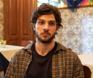 """Em """"Amor de Mãe"""", Chay Suede interpretou Danilo/Domênico, filho perdido de Lurdes (Regina Casé)"""